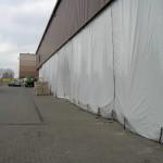 Industrievorhang mit Bodenbefestigung